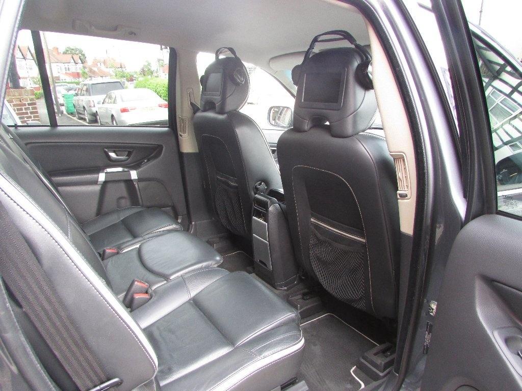 Volvo XC90 2.4 D5 SE Sport AWD 5dr